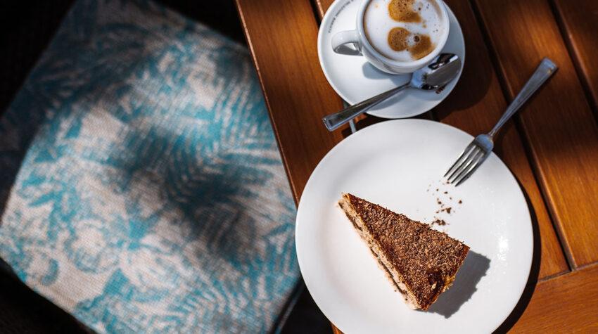 Gibt es etwas Schöneres, als an einem Sonntagnachmittag ein herrliches Stück Kuchen und einen guten Kaffee zu genießen?