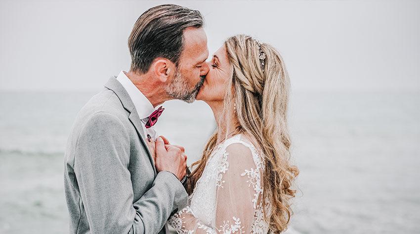 Für das perfekte Hochzeitsoutfit müsst ihr genügend Zeit einplanen. © Max Framke