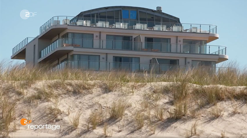Urlaub an der Ostsee ist nicht nur im Sommer schön. Ein Besuch im malerischen Ostseebad Ahrenshoop lohnt sich zu jeder Jahreszeit. © ZDF