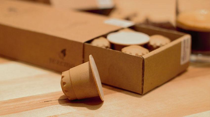 Kaffeekapseln aus Plastik verursachen Unmengen an Müll. Nicht so jedoch die Kapseln von rezemo. © rezemo
