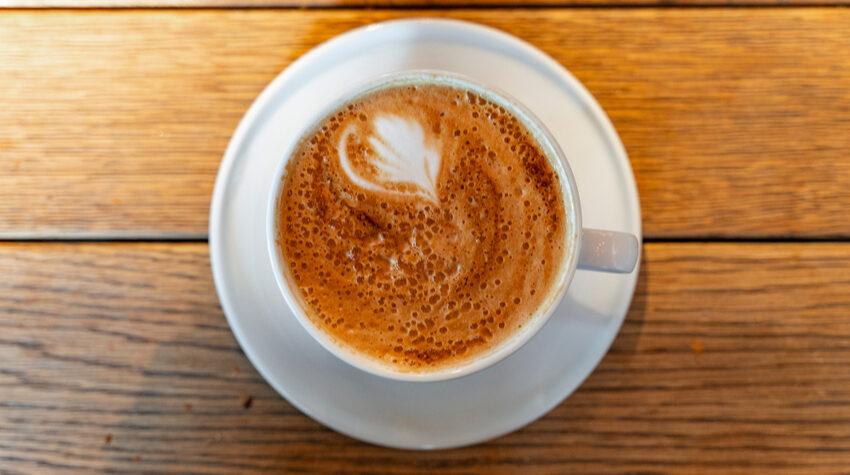 Kaffee zu trinken, hat viele gesundheitliche Vorteile. © Shutterstock, Deliris