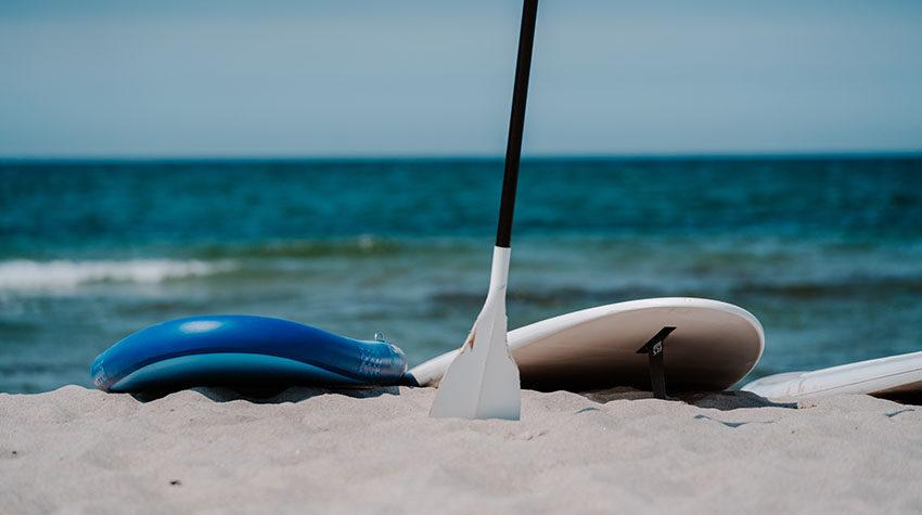 Gut eincremen und ein paar Sicherheitsregeln im Wasser beachten: So steht dem perfekten Strandtag nichts mehr im Wege.